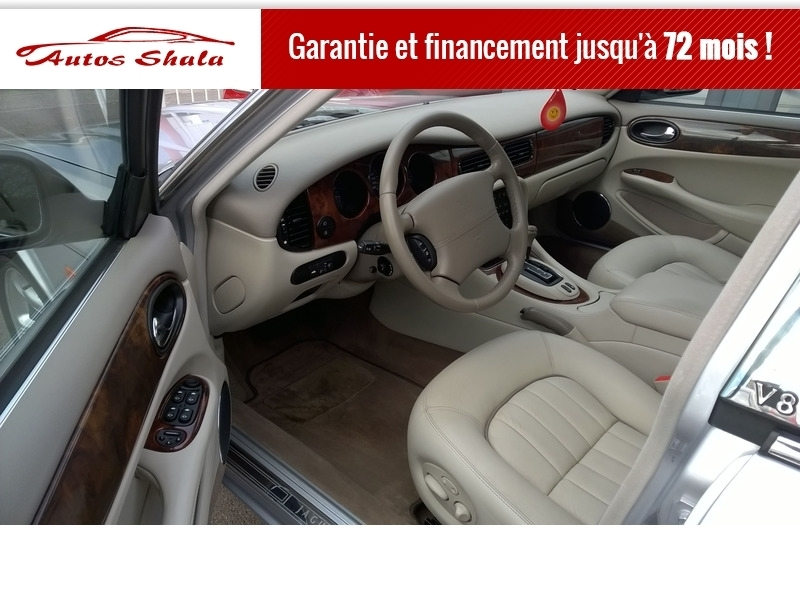 Photo 7 de l'offre de JAGUAR XJ8 4.0 V8  BA SOVEREIGN à 24970€ chez Autos Shala