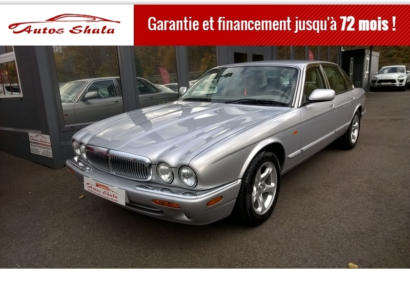Photo 11 de l'offre de JAGUAR XJ8 4.0 V8  BA SOVEREIGN à 24970€ chez Autos Shala